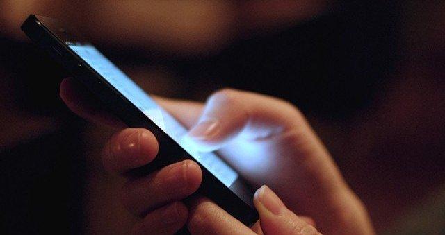 के गर्ने बालबालिकालाई मोबाइलको लत छुटाउन ?